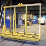 Rack pour transport et stockage de cadres de baies